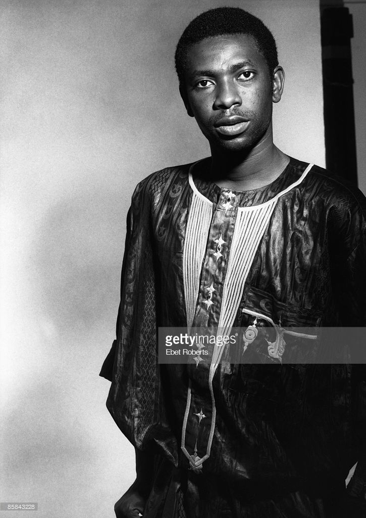 Photo Of Youssou N Dour Posed Portrait Of Youssou N Dour Beaute Africaine Poses Portrait