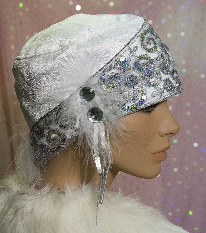 1920s DOWNTON ABBEY VINTAGE INSPIRED WHITE CLOCHE/ GATSBY Mr SELFRIDGE
