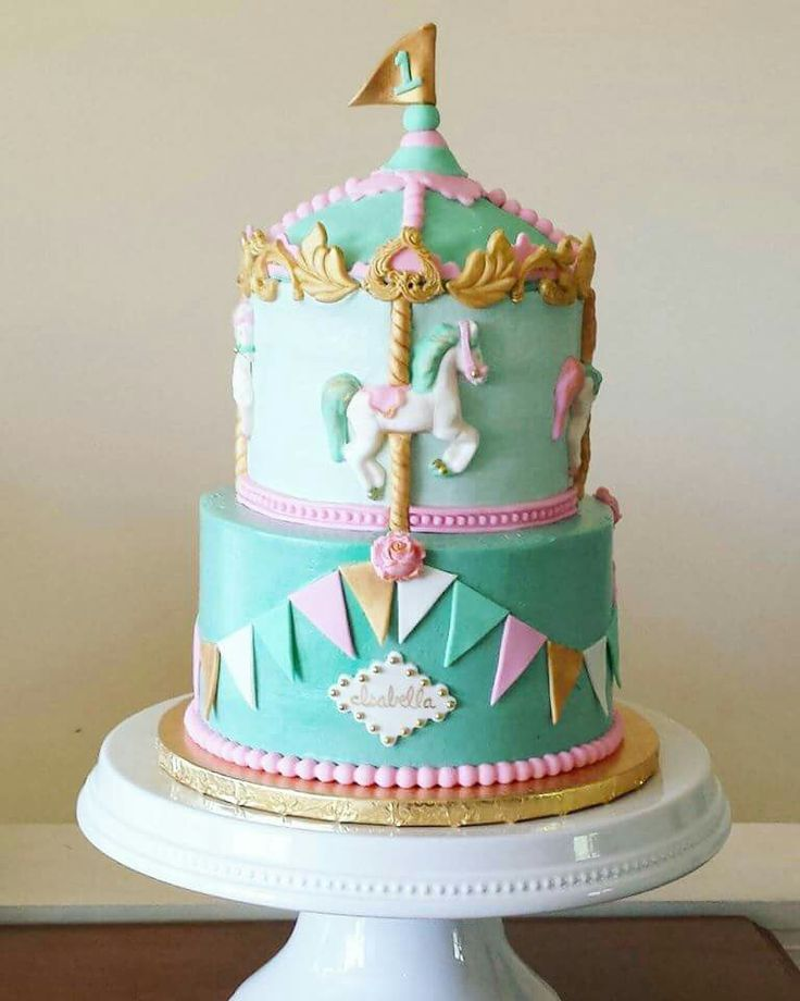Cake Decorating Carousel : Best 25+ Carousel cake ideas on Pinterest Carousel party ...
