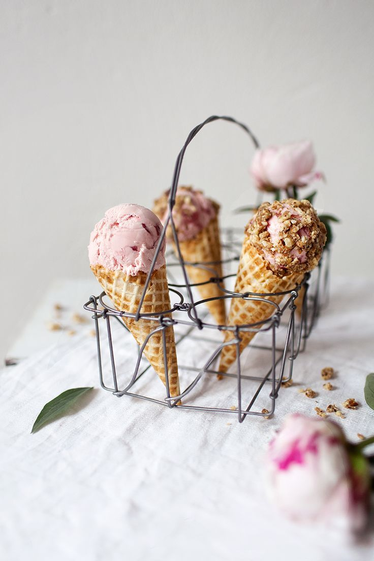 ... strawberry cheesecake icecream (dairy free + vegan) | KIND ICE CREAM FOR YOU EBOOK ...