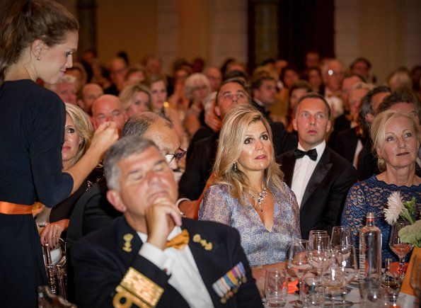 5-9-2017 Queen Maxima Attended a Charity Dinner in Amsterdam