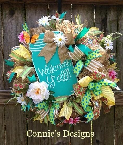 welcome yall in learning the craft of making burlap mesh wreaths like connie james - Wreath Design Ideas