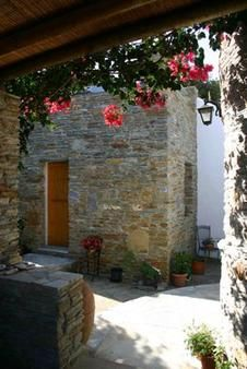 REAL ESTATE & PROPERTY ON ANDROS  KATO KATAKILOS  BEAUTIFULLY LOCATED 2 BEDROOM VILLA  INDEPENDENT APARTMENT  TERRACED GARDENS WITH STREAM   FURNISHINGS & APPLIANCES INCLUDED  245,000 Euro