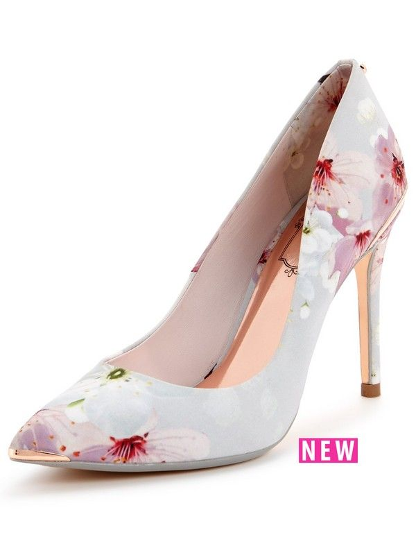 Ted Baker Kawaap Court Shoe - Oriental Blossom Ted Baker deliver us another sophisticated style in the form of these Kawaapcourt shoes. Covered from heel to toe in oriental blossoms, they're a super pretty pair that are made oh-so chic with a pointed toe, skyscraper heel and metallic touches.Coordinate your look with a matching Ted Baker dress to turn heads at the most special occasions.Lining: Leather/TextileMaterial: LeatherSole: Other MaterialsUpper: Leather