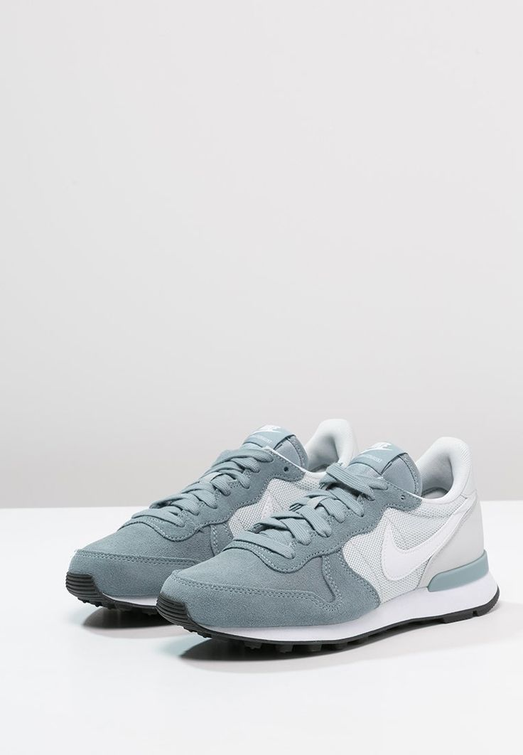 Nike Sportswear - INTERNATIONALIST - Baskets basses - dove grey/white/pure platinum/black