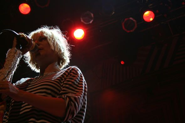 54 best rock n roll images on pinterest rock n roll singer and sia the quirky australian singer sold out the house of blues in san diego fandeluxe Choice Image