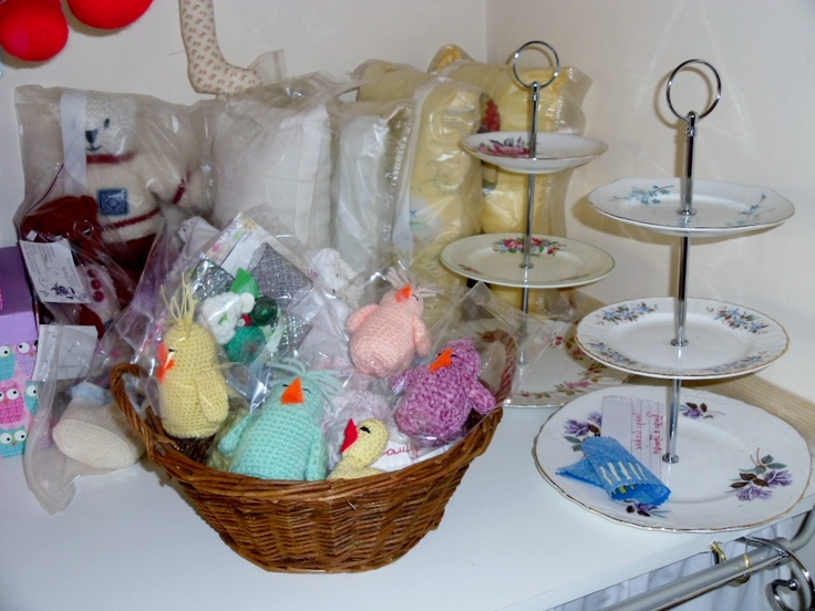 MY MAKES OF CAKE STANDS CUSHIONS AND CHICKS