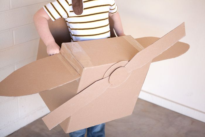 DIY Cardboard Airplane! Adorable idea to do with little ones.
