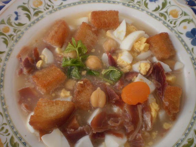 Mi cocina sopa de picadillo recetas tipicas malague as - Sopa castellana casera ...