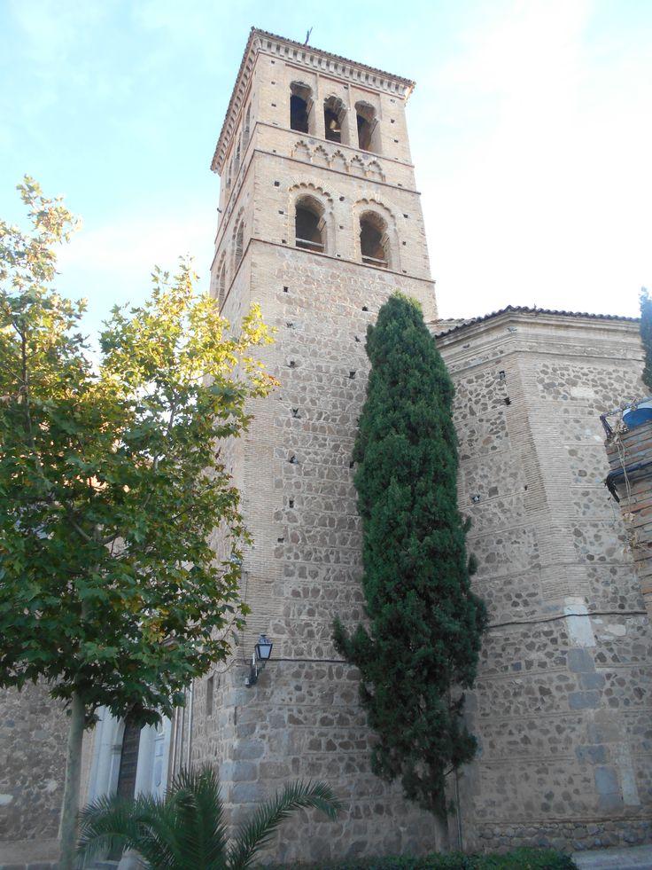 Torre desde la casa de Santa Teresa.