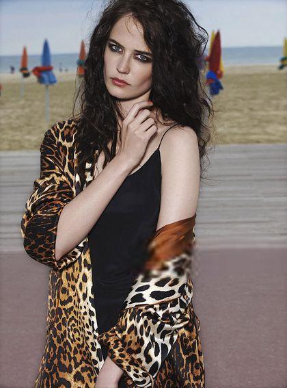 [Photoshoot - GQ] Eva Green - Madame Figaro (2008) - Taringa!