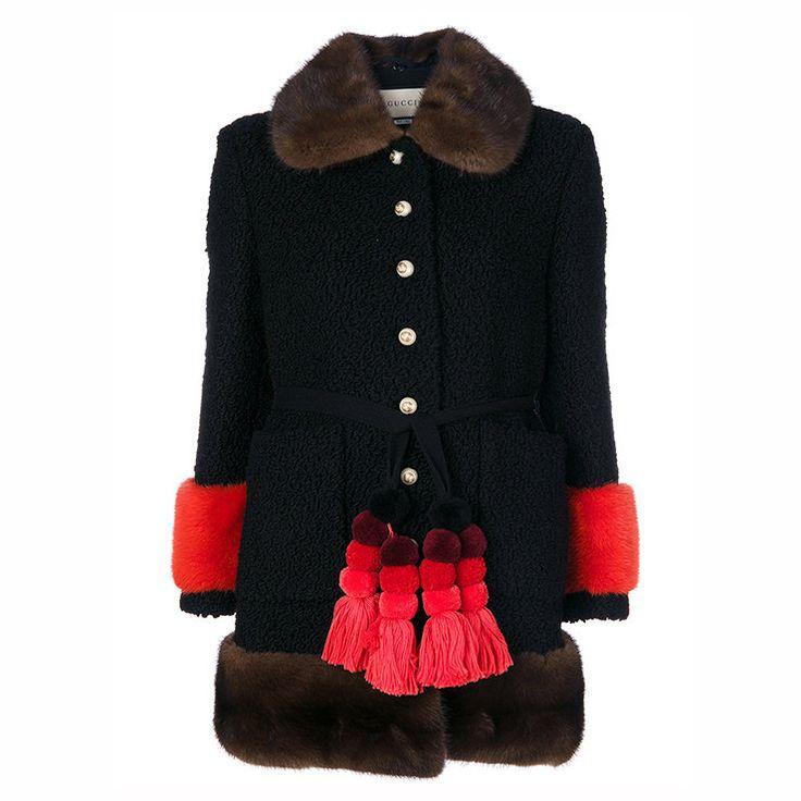 11 пальто с меховыми манжетами, чтобы почувствовать себя принцессой или хотя бы герцогиней