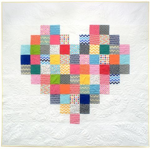 Pixelated heart Free Pattern: Robert Kaufman Fabric Company Would love to do this with some of the girls' old clothes