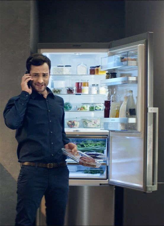 Finally you won't have to cancel exciting spontaneous events. Siemens fridges with #hyperFresh will keep your groceries fresh while you're out and about. // Dank der innovativen Siemens Hausgeräte bleibt im Alltag nun mehr Flexibilität für spontane Freizeitgestaltung: Ihr Kühlschrank mit #hyperFresh Technologie hält Lebensmittel währenddessen frisch.