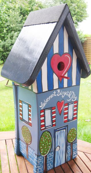 Nistkästen & Vogelhäuser - Vogelhäuschen als Hochzeitsgeschenk - ein Designerstück von personalisiertes bei DaWanda