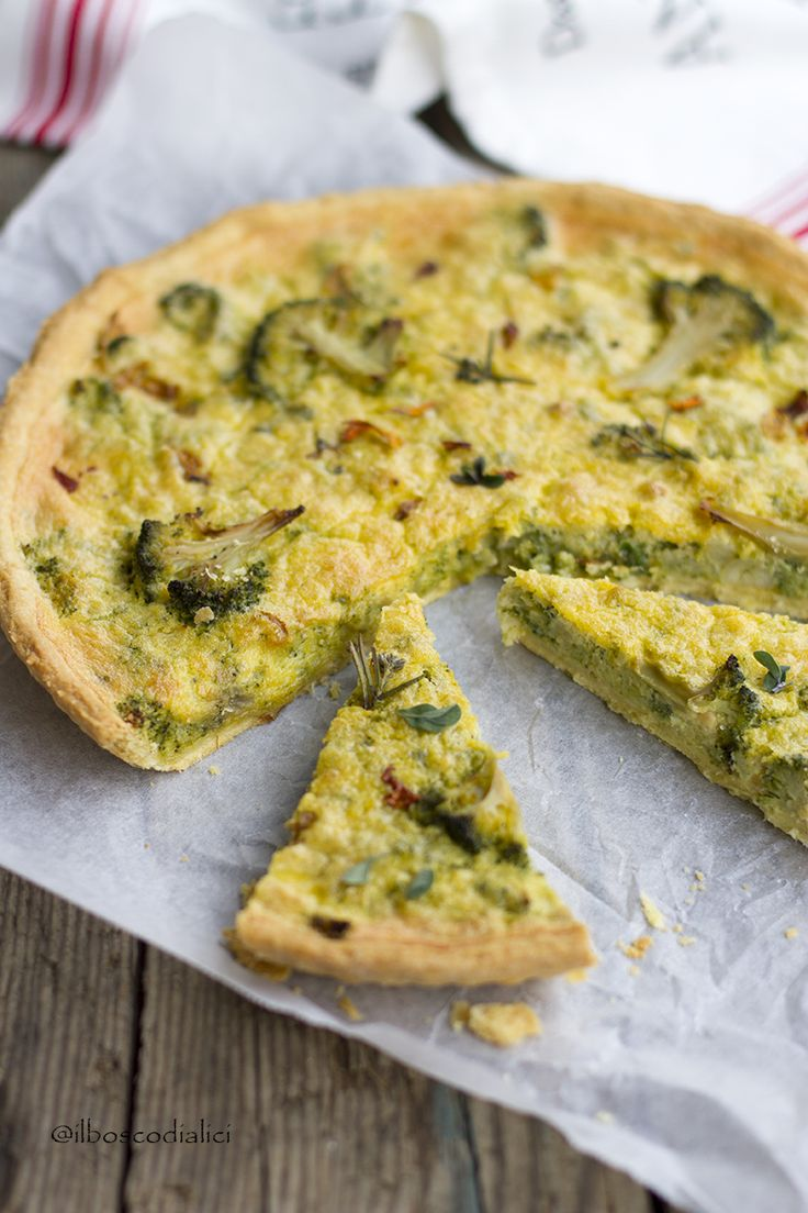 il bosco di alici: Quiche ai broccoli con pesto di scarti di broccoli...