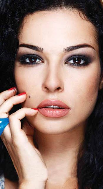 Nadine Nassib Njeim : Miss Lebanon 2007 & Lebanese actress  Nadine Nassim Njeim is a beauty queen, former Miss Lebanon, who represented her country in Miss World 2007  in China and Miss Universe 2007 in Mexico. https://www.facebook.com/nadinenjeim