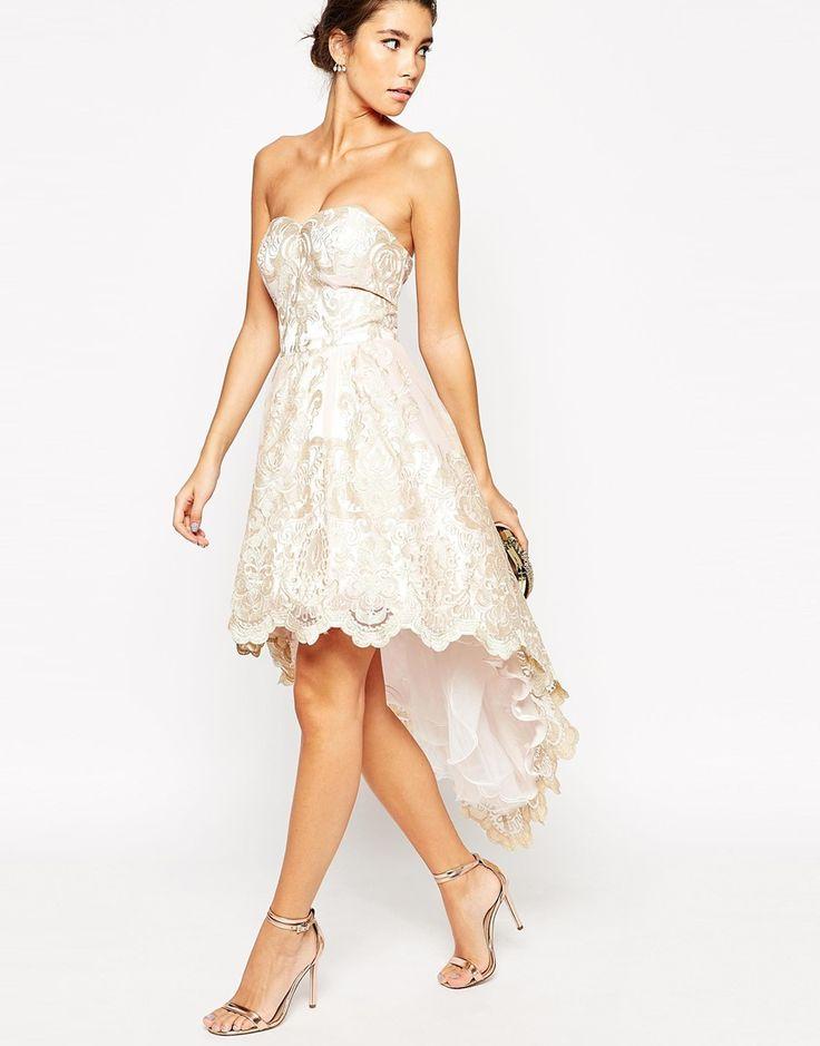 Chi Chi London - Mini robe de bal de fin d'année en dentelle métallisée de  qualité supérieure coupe bandeau avec dos plongeant