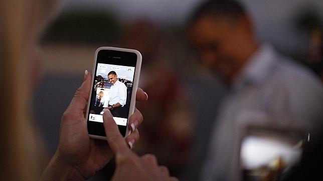 Fotografía a Obama con un smartphone