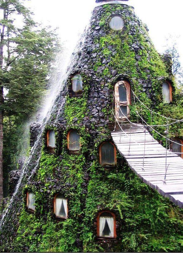 Hotel La Montana Magica - Huilo Chile