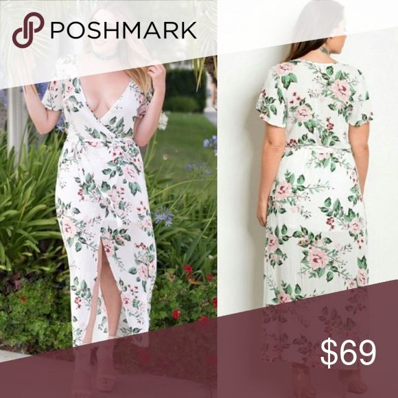 💰💰💰FLASH SALE, 25% Off Until Midnight, Was $59 Cottage floral white maxi dress with sleeves Dresses Maxi
