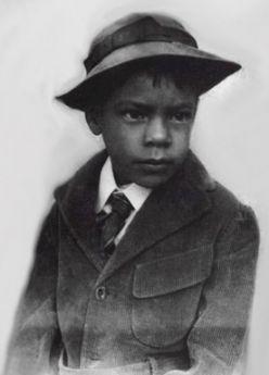 José Doroteo Arango Arámbula. Born June 5, 1878 – 20 July 1923), better known as Pancho Villa.