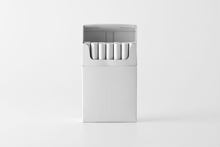 White - no branding: Marlboro