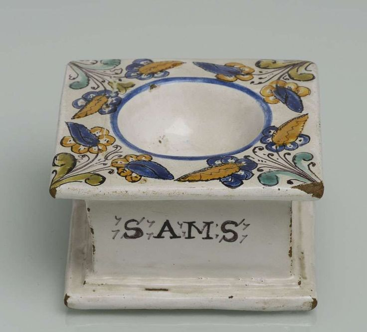 A HABÁN SALT SHAKER / 1674, Moravia Habán pottery in typical colors, dated 1674. / H. 6 cm