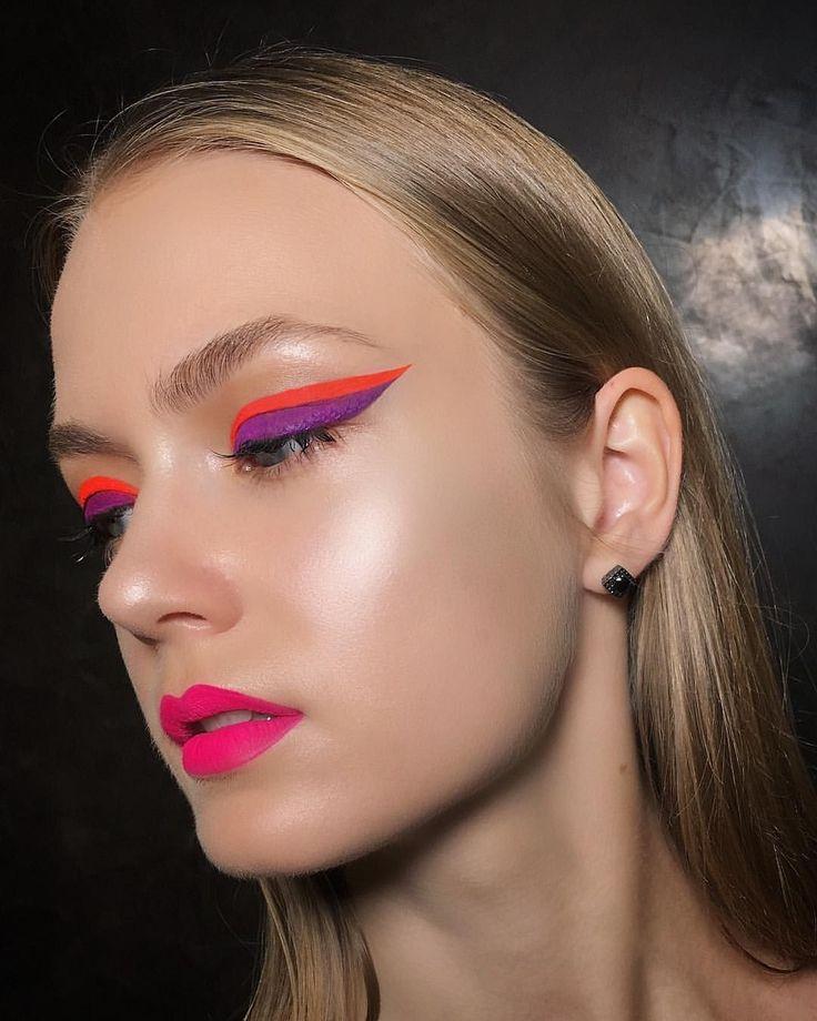 экземпляры стрелки цветные макияж фото свойства