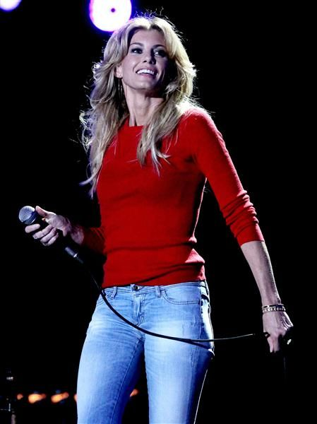 """Faith Hill....Forever my favorite!! """"My goal as an artist is to always be true to who I am and give my fans music they will enjoy for a lifetime."""""""