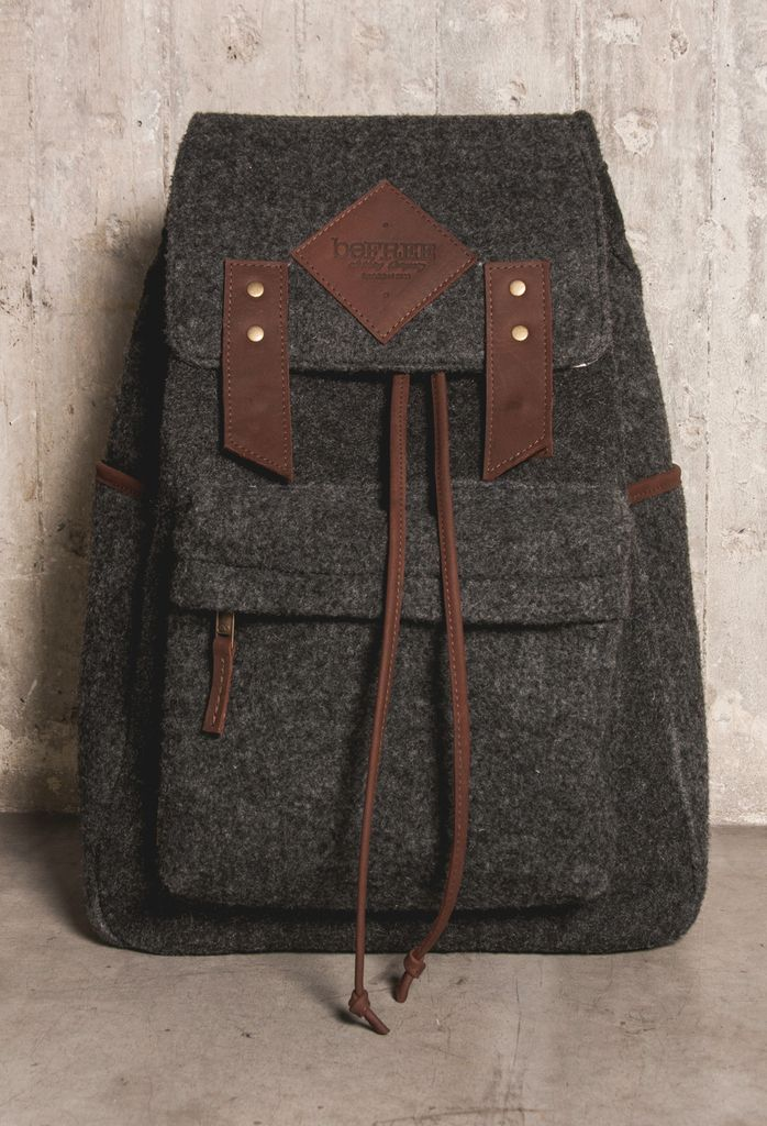 THE BIG DEAL -Backpack / Morral — beFREE clothing Compra en / Shop at: http://tienda.befreelegion.com/