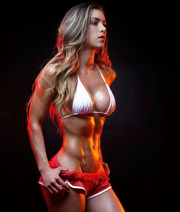 Busty fitness model muscle sexy
