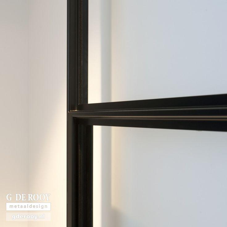 http://www.stalen-binnendeuren.nl/voorbeelden-stalen-deuren/23-stalen-binnendeur-numansdorp