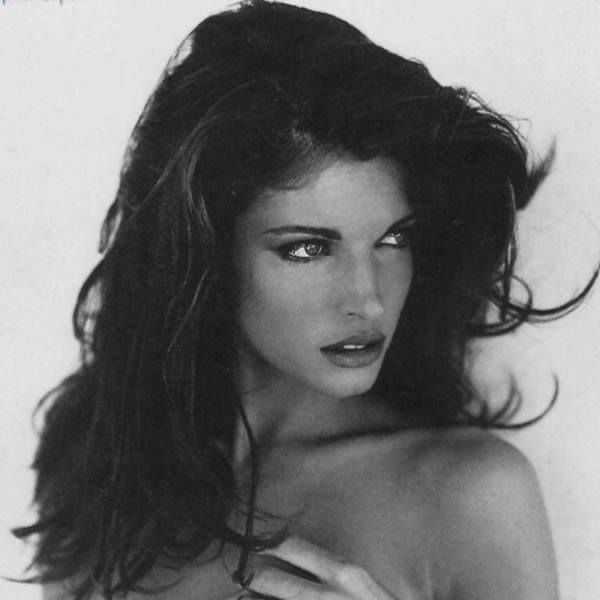 Stephanie Seymour's glamorous #blowdry undoubtedly makes her a #HairHero