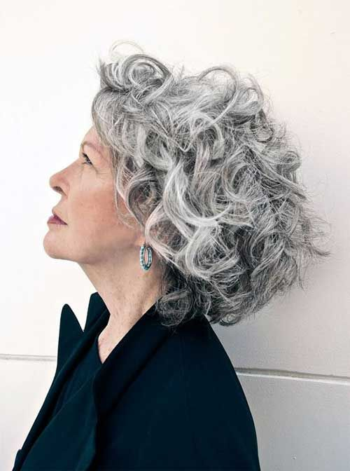 Cabelo Curto para mulheres mais velhas