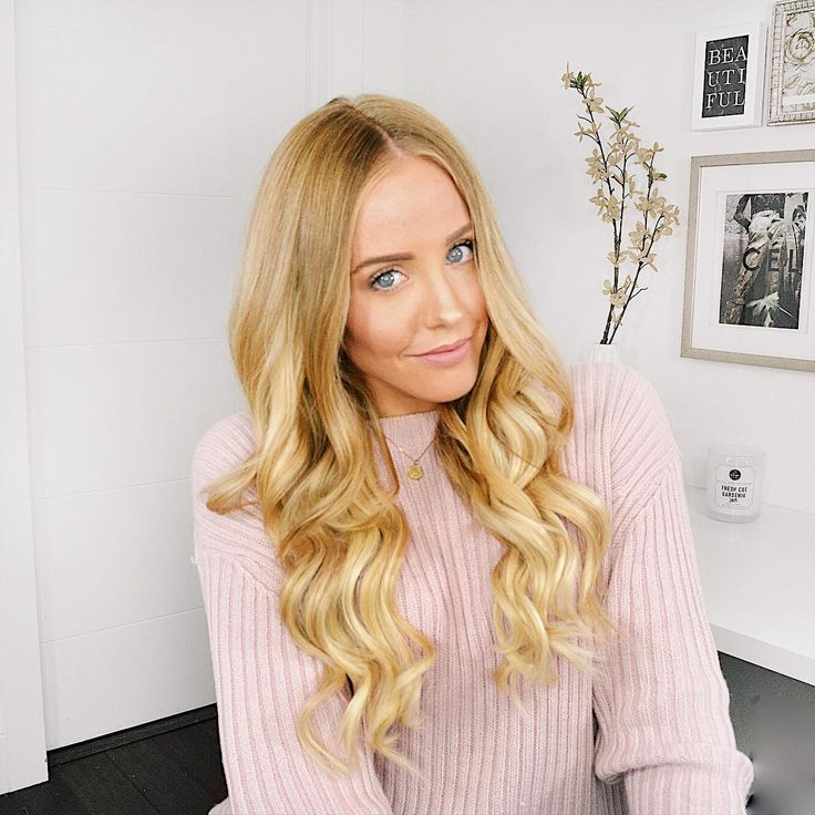 Click to see how I got this look ! Luxy Seamless Clip-In Hair Extensions in Blonde Balayage #hair #hairgoals #hairextensions #clipinextensions #luxyhair #hairtutorial #fashion #style #pink #fallstyle #sephora #blondebalayage #longhair #longblondehair
