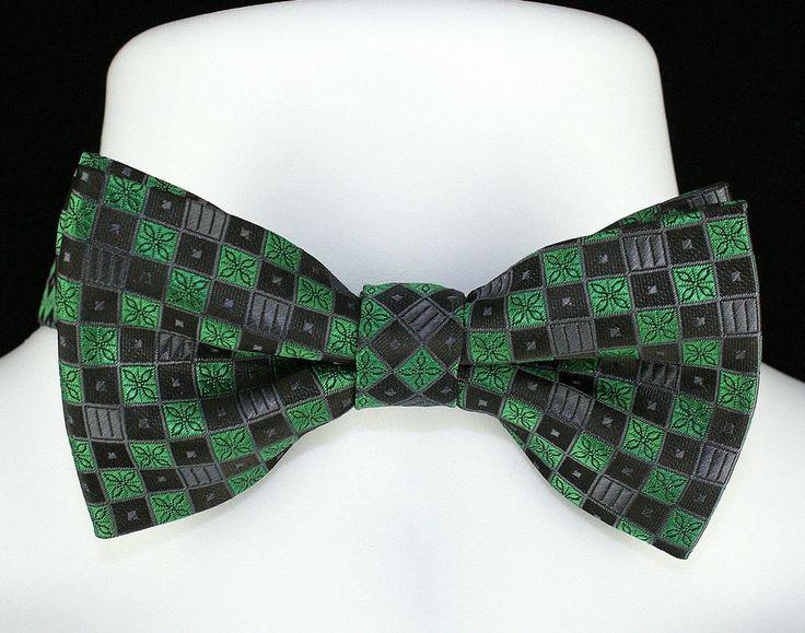 New Checkerboard Christmas Green Mens Bow Pre Tied Tuxedo Wedding Fashion Bowtie #TiesJustForYou #BowTie