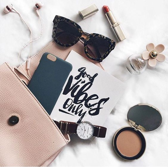 Good vibes only. Pretty little details. Lipstick, blush, Daisy perfume, and the perfect sunglasses.: