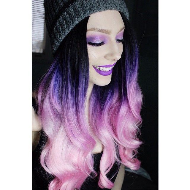 Nice contrast in this black-to-lavender. #hairdye