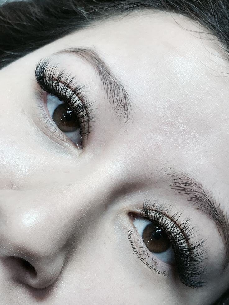 Cat eyes look from silk mink eyelash extensions come