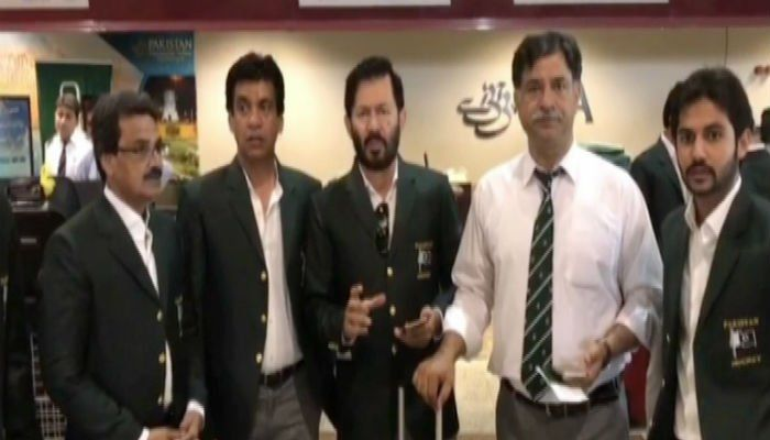LAHORE: Pakistan hockey team has left for United Kingdom for the world league, which will be held from June 15 to June 25.    Pakistan is part of Pool B in the FIH Hockey World League which
