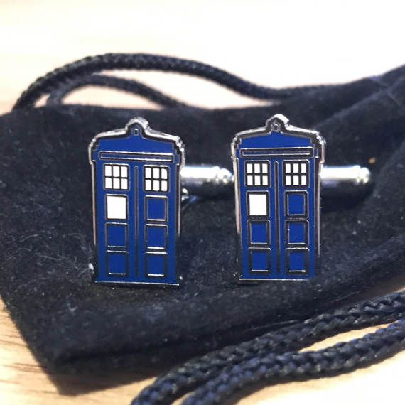 Hey, I found this really awesome Etsy listing at https://www.etsy.com/uk/listing/519742111/dr-who-tardis-cuff-links-police-box-geek