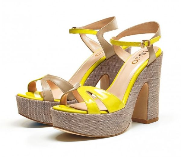 Sandali gialli Liu Jo   #sandali #sandals #heels #tacchi #womanshoes #fashion #mood #trend #shoes2014 #scarpedonna #shoes #scarpe #calzature #moda #woman #fashion #springsummer #primaveraestate #moda2014 #springsummer2014 #primaveraestate2014 #liujo #yellow #giallo