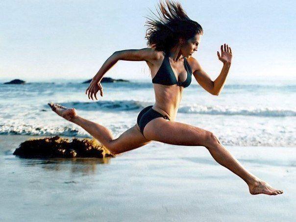 Подписывайся на страничку https://plus.google.com/105901978456480766638/posts и узнаешь еще больше  Полезные советы: 1 Совершайте каждое утро небольшие пробежки на небольшие расстояния. Чередуйте быструю ходьбу с интенсивным бегом, старайтесь следить за дыханием. Спустя две недели, вы заработаете хорошую выносливость благодаря пробежкам с увеличенным расстоянием и сменой ритма. 2 Совмещайте регулярные пробежки по утрам с комплексом силовых упражнений, которые помогут вам улучшить наиболее…