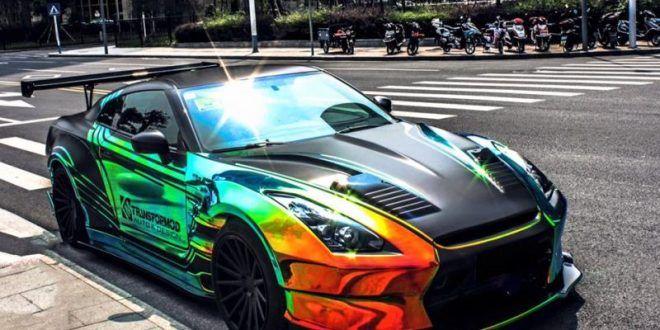 Regenbogen Nissan GT-R mit BenSopra Bodykit