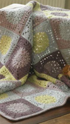 Tæppe af hæklede firkanter | Familie Journal