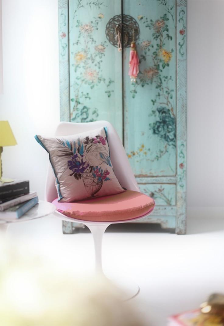 Modern Classics: Eero Saarinen's Tulip Chair