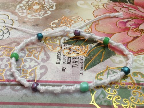Tutorials - Beaded chinese staircase Friendship Bracelet Tutorial