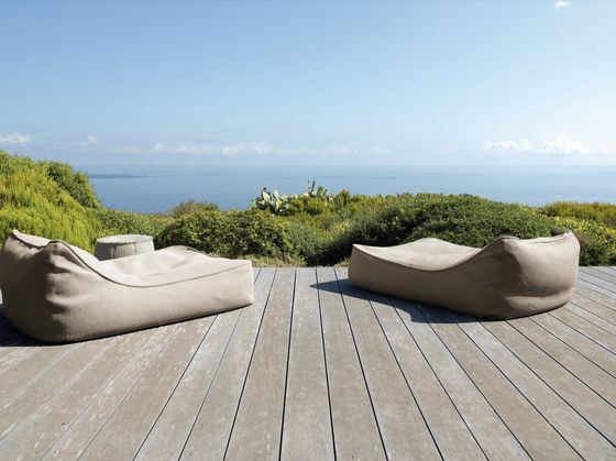 Sun Loungers | Garden lounge | Float | Paola Lenti | Francesco. Check it on Architonic