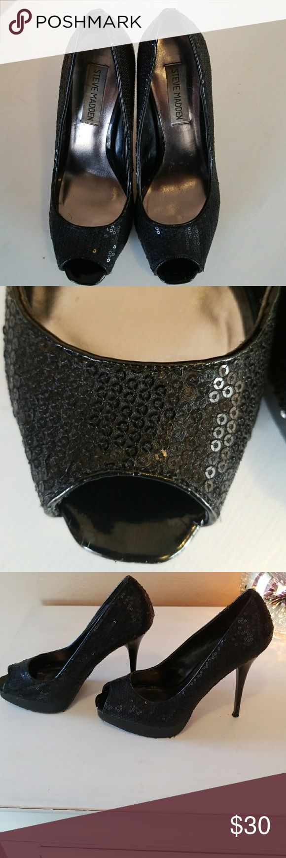 Steve Madden Sequins Black Heels Steve Madden Sequins Black Heels. The sizing has worn off but they fit like a 6.5 in womans They only show of wearing is the bottom of thw shoe as shown. Steve Madden Shoes Heels